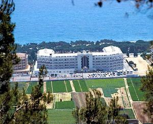 Aqua Hotel Aquamarina Modern Seaside Resort In Santa Susanna